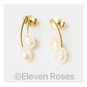 Jewelry - 14k Gold Pearl Drop Earrings